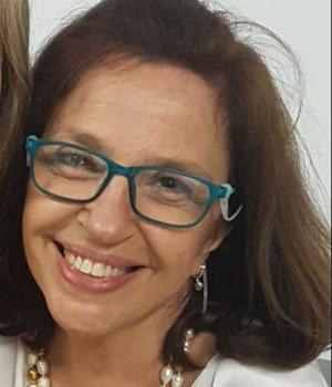 Maria Paula Perrone